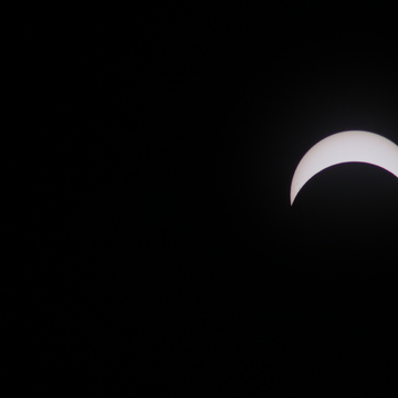 Pictures of the partial eclipse from Brampton