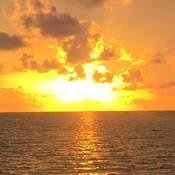 Sunrise in caye caulker