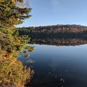 Beautiful fall morning on Monck Lake