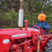 The Headless Tractorman