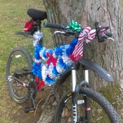 Getting Christmas spirit spreading around town starting with the Mtb BIke