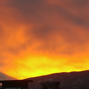sunset in Kelowna