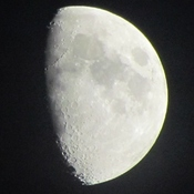 Moon tonight over Fort Erie Ontario