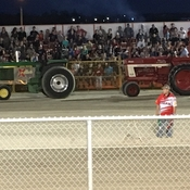 Ain't nothing like a good tractor pull 🚜