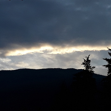 daybreak over Owl Head Mountain