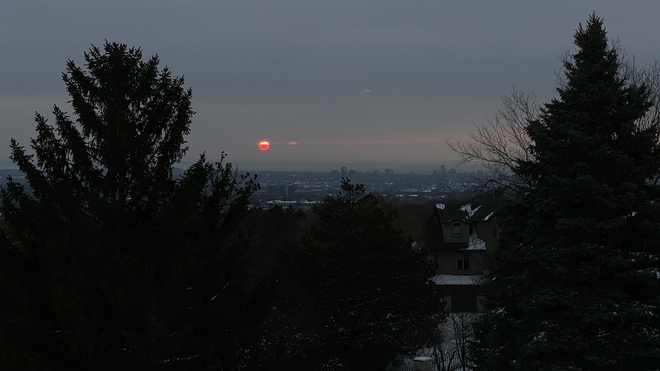 Red sun in the morning Burlington, Ontario, CA