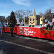 17 Nov 2019...Santa Parade in Toronto showing the Nutella float. 🌞🌞