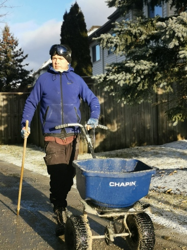 Making the walkways safe in Mississauga Mississauga, ON