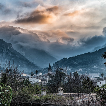 Evening light over Soller