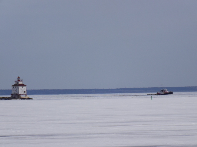 HARBOUR TUG on its way HOME Saul Laskin Dr, Thunder Bay, ON P7B, Canada