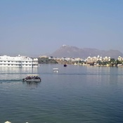 View of lake Pichola and Palace at Udaipur, Rjasthan India