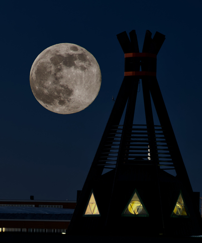 Supermoon over Chisasibi Chisasibi, Baie-James, QC