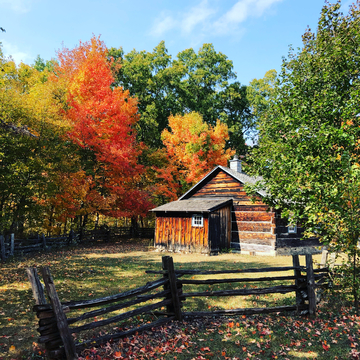 Fall colours and log cabins = perfection