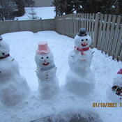 Snowmen family from Ottawa